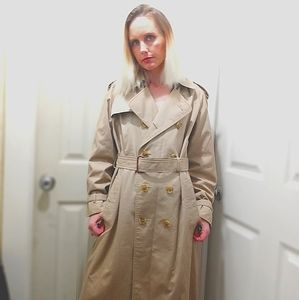 """Womens Burberry's """"Made in England""""  Double breast"""